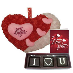Eye-Catching I Love You Hamper