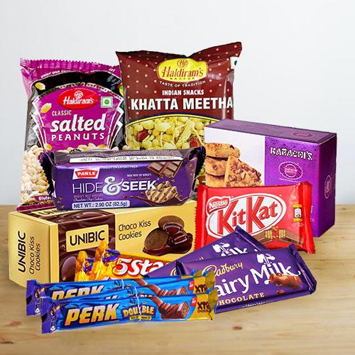 Delicious Chocolate N Snacks Hamper