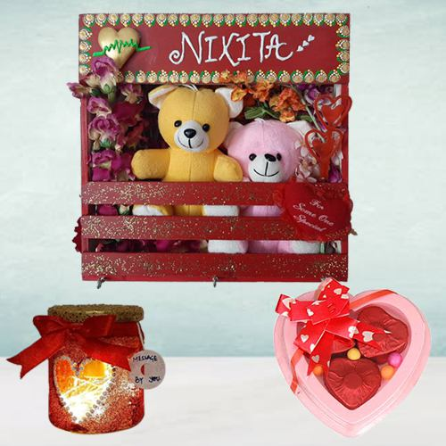 Exquisite Gift of Key-holder with LED Lamp n Chocolates
