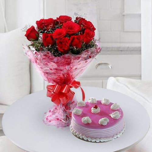 Classic Birthday Strawberry Cake with Rose Bouquet