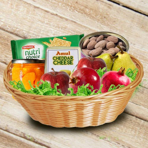 Delectable Basket of Fresh Fruits n Assortments