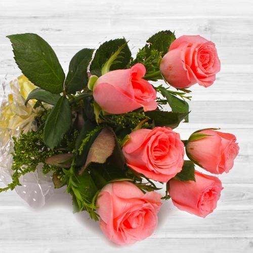 Beautiful 6 pcs Pink Rose Bouquet