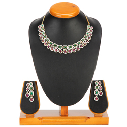 Grandiose Gleam Necklace with Earrings Set