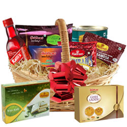 Enticing Snacks Gift Basket