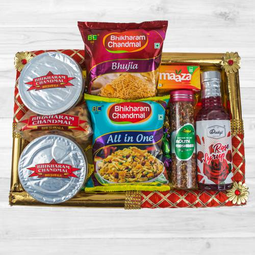 Remarkable Food N Assortments Hamper