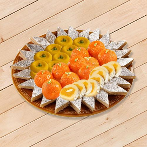 Delectable Sweets Platter 1kg from Bhikaram